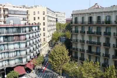 Complexe résidentiel de deux bâtiments à vendre dans le centre de la vieille ville de Barcelone